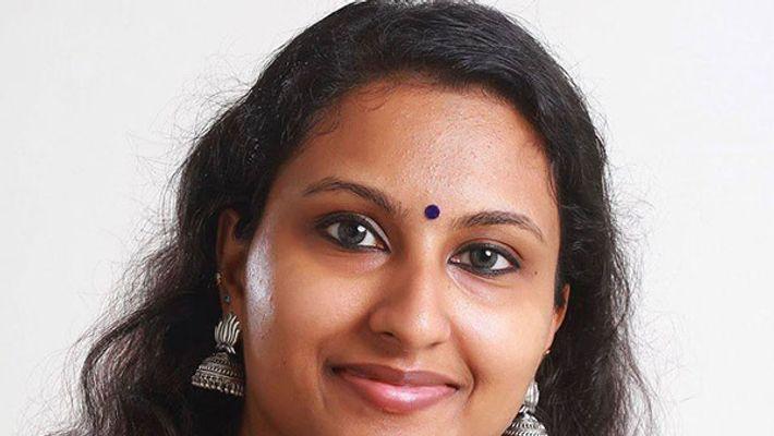 കൊവിഡ് 19: അപകീര്ത്തികരമായ വാര്ത്ത പ്രചരിപ്പിച്ച ഡോ ഷിനു ശ്യാമളനെതിരെ നിയമനടപടി സ്വീകരിക്കുമെന്ന് ആരോഗ്യവകുപ്പ്